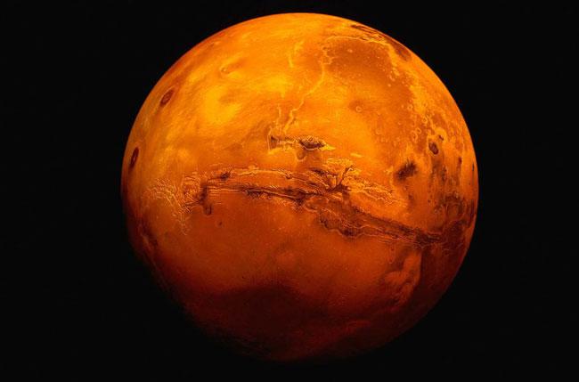 1-Ο-Άρης-σε-κλοιό-–-Αναστέλλεται-η-δράση