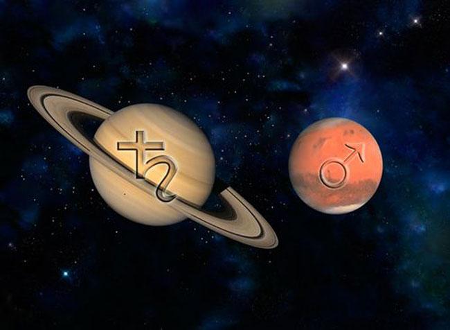 2-Ο-Άρης-σε-κλοιό-–-Αναστέλλεται-η-δράση