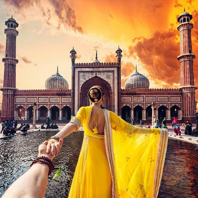 followmeto-india-selfie-murad-osmann-natalia-zakharova-3