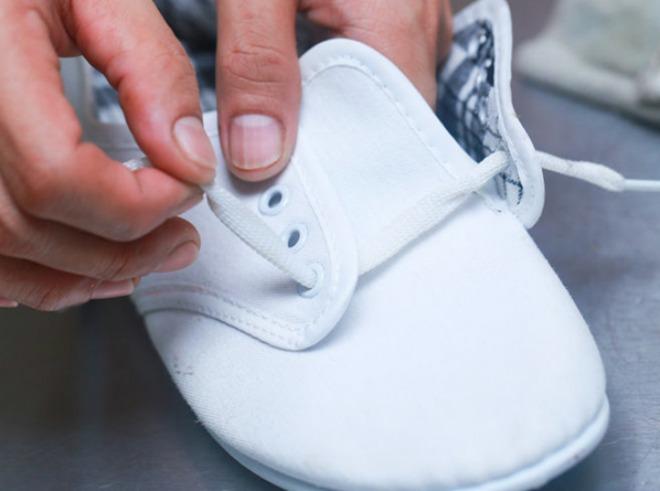 kl_sneakers01