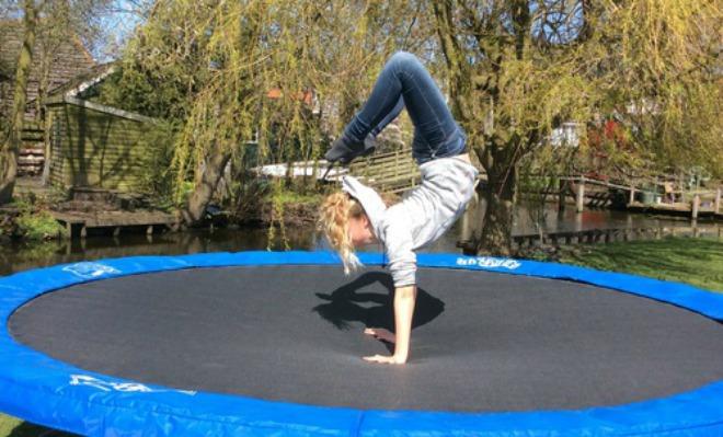 kl_trampolino01