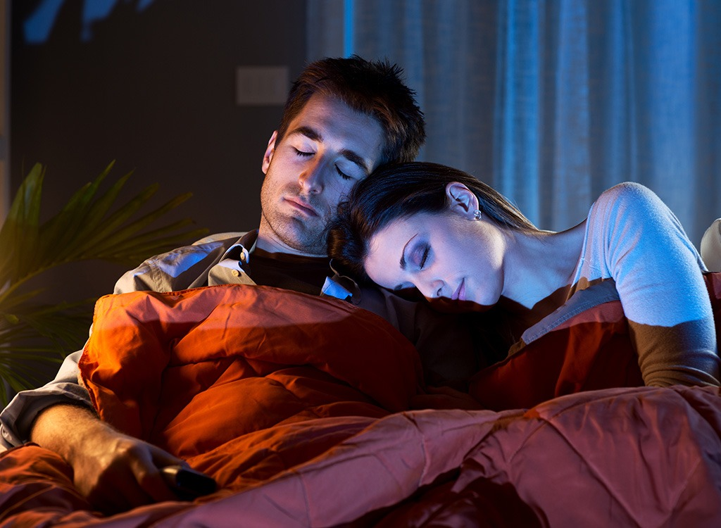 couple-sleeping-in-front-of-tv