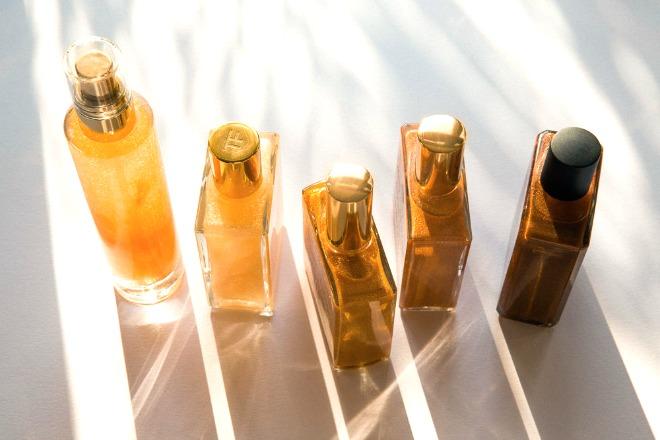 Slider_1_-_The_Best_Shimmery_Body_Oils